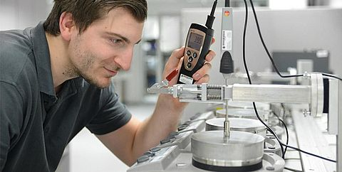 Calibration surface measurement - Testo Industrial Services