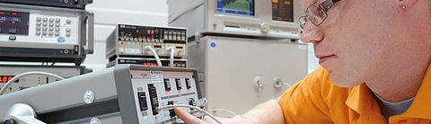 Electrical calibration with individual logistics concept by Testo Industrial Services